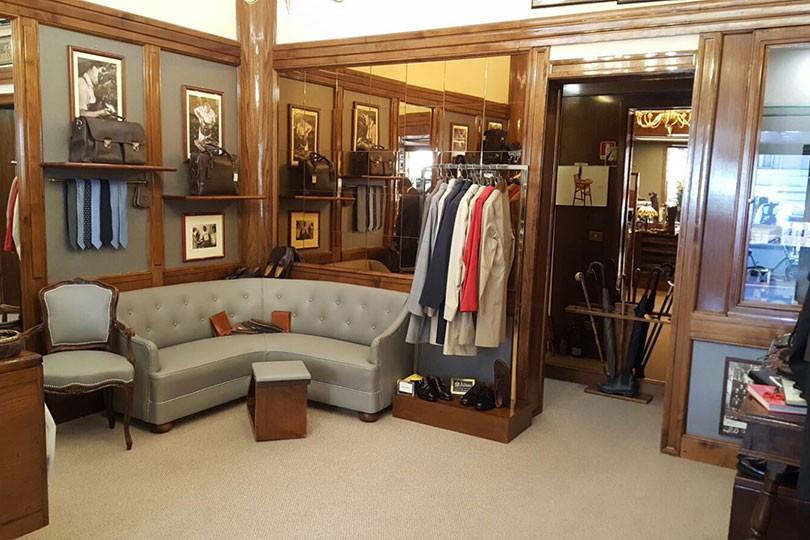 Negozi di abbigliamento  Alden  733e465641e