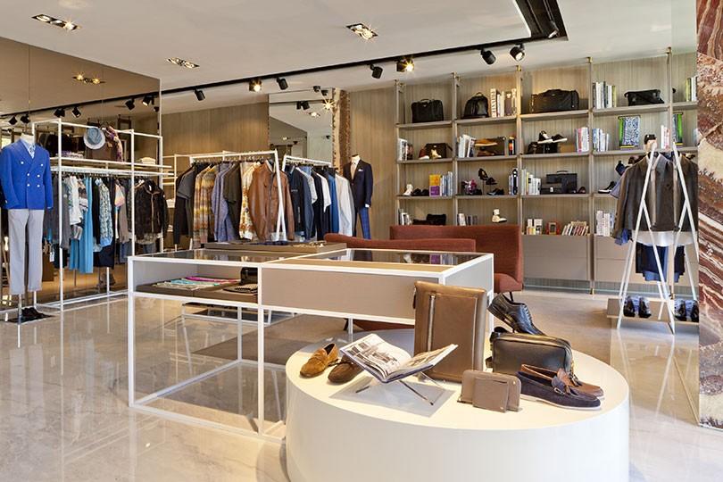 Fashion Clinic Boavista - Clothing store in Porto | YourShoppingMap.com