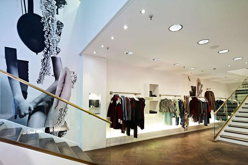 hayashi clothing store in francoforte. Black Bedroom Furniture Sets. Home Design Ideas