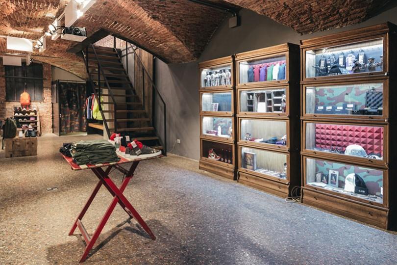 Back Door Bottega Clothing store in Bologna