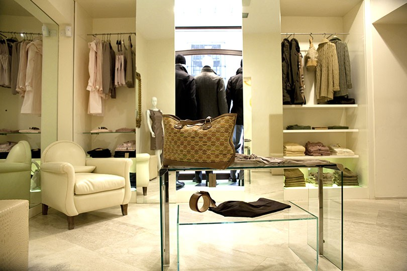 new concept e77bc 28e7b Pellizzari - Abbigliamento Uomo Donna a Piacenza ...