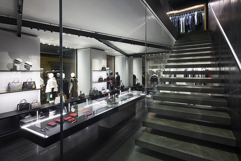 Wise Reggio Emilia - Clothing store in Reggio Emilia ...