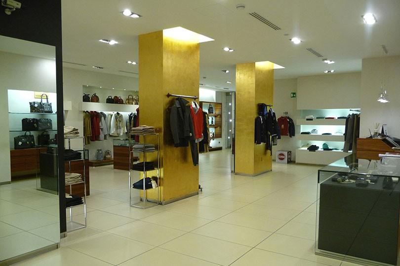 huge selection of a9942 2ca1c Negozi di abbigliamento: Colmar Originals | Colmar Originals ...