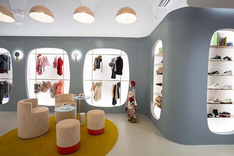 Valenti Donna Abbigliamento Uomo Donna a Pisa | ShoppingMap.it
